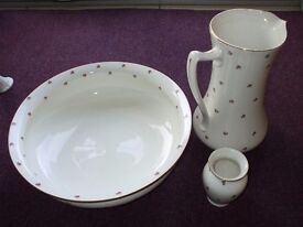 Collectable Antique Crown Ducal Ware Water Jug & Wash Bowl Washstand Set