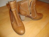 """""""TIMBERLAND LADIES BOOTS"""