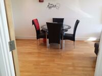 Two bed first floor flat for rent at 1200 pcm in Ashford (West Plaza)
