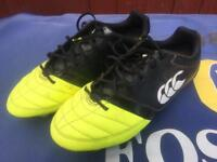 Boys rugby boots size 5.5