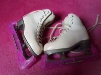 Girls ice skates 11