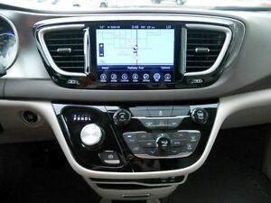 2017 Chrysler Pacifica Touring-L Regina Regina Area image 17