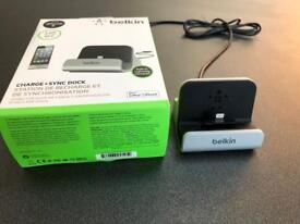Belkin Charging dock for iPhone (lightning connector)