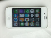 Apple iPhone 4s Smartphone white 8GB, Perfect Condition, No scratches. plus USB lead, Vodafone