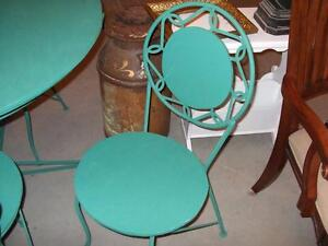 WROUGHT IRON TABLE AND CHAIRS London Ontario image 3