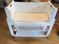 SnuzPod bedside crib (white)
