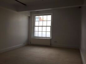 Office space to let in serviced office - Farnham Town Centre