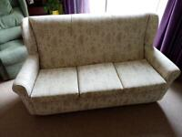 3 seat sofa - free to collector