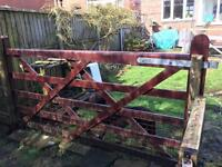 Traditional Farmer's 5-bar Gate