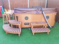 """LUXURY ST LUCIA HOT TUB 17"""" TV / CD/DVD JACUZZI SPA HOT TUBS WHIRLPOOL RRP £7999"""