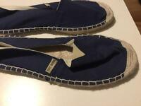 New beach shoes size 10