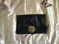 REAL LEATHER BLACK CLUCTH BAG