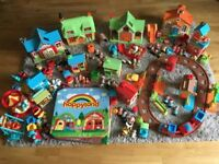 HUGE bundle of Happyland toys in GREAT condition!!