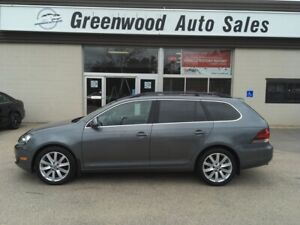 2014 Volkswagen Golf 2.0 TDI Highline PANO ROOF! LEATHER! CAL...
