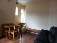 SUPERBLY LOCATED 2 BEDROOM FLAT IN CRICKLEWOOD NEAR CRICKLEWOOD BROADWAY AND GLADSTONE PARK