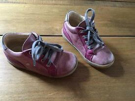 Girls purple leather shoes size 24