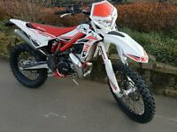 Betta xtrainer 300cc 2016 6.2 hours from new oil injection great green laning bike