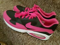 Brand new trainers size 5.5