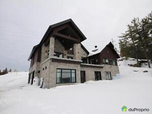 930 000$ - Maison 2 étages à vendre à Chicoutimi Saguenay Saguenay-Lac-Saint-Jean image 1