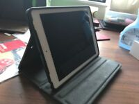 iPad Pro 9.7inch with case