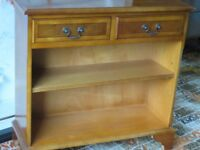 BOOKSHELVES HEW WOOD WITH 2 DRAWERS. GOOD CONDITION. OFFERS ACCEPTED.