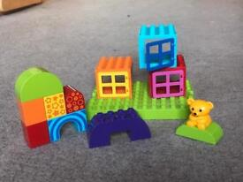 Lego Lego Duplo Toddler Build and Play Cubes. Set no 10553.