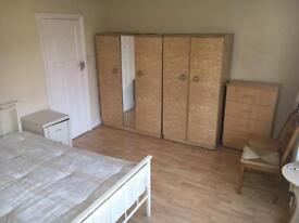Big Double Room Manor House All Bills Included