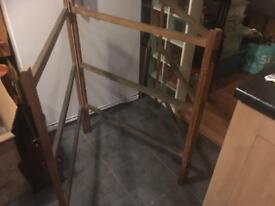 VINTAGE WOODEN TRI-FOLD CLOTHES AIRER