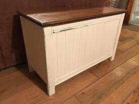 Great Antique Solid Pine Storage/blanket/chest/box/bench, farmhouse Shabby Chic style