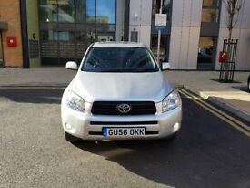 Toyota Rav4 2.2 Diesel manual 1 keeper GPS navi excellent condition full service history HPI CLEAR