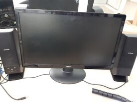 Acer PC monitor 21.5 inch + Otone speakers