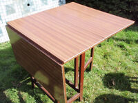 Table folding very retro vintage shabby from the 50/60s