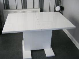 High Gloss White Dinning Table