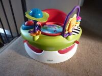Mamas & Papas Snug/Bumbo seat with play tray Excellent condition used by visiting grandchildren