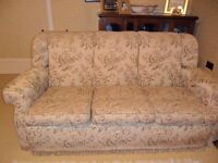Three seater sofa / settee. Excellent condition, good quality sofa