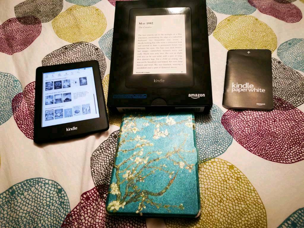 kindle paperwhite like new condition, comes in original box with case-  wifi, backlight model | in Glenrothes, Fife | Gumtree