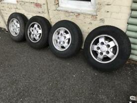 Discovery Alloy wheels and tyres