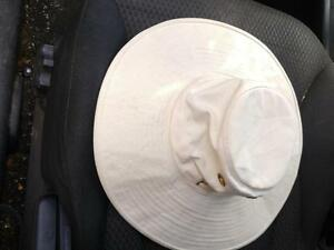 Kid Sized TILLEY HAT Made in Canada by Tilley Endurables  Looks brand new