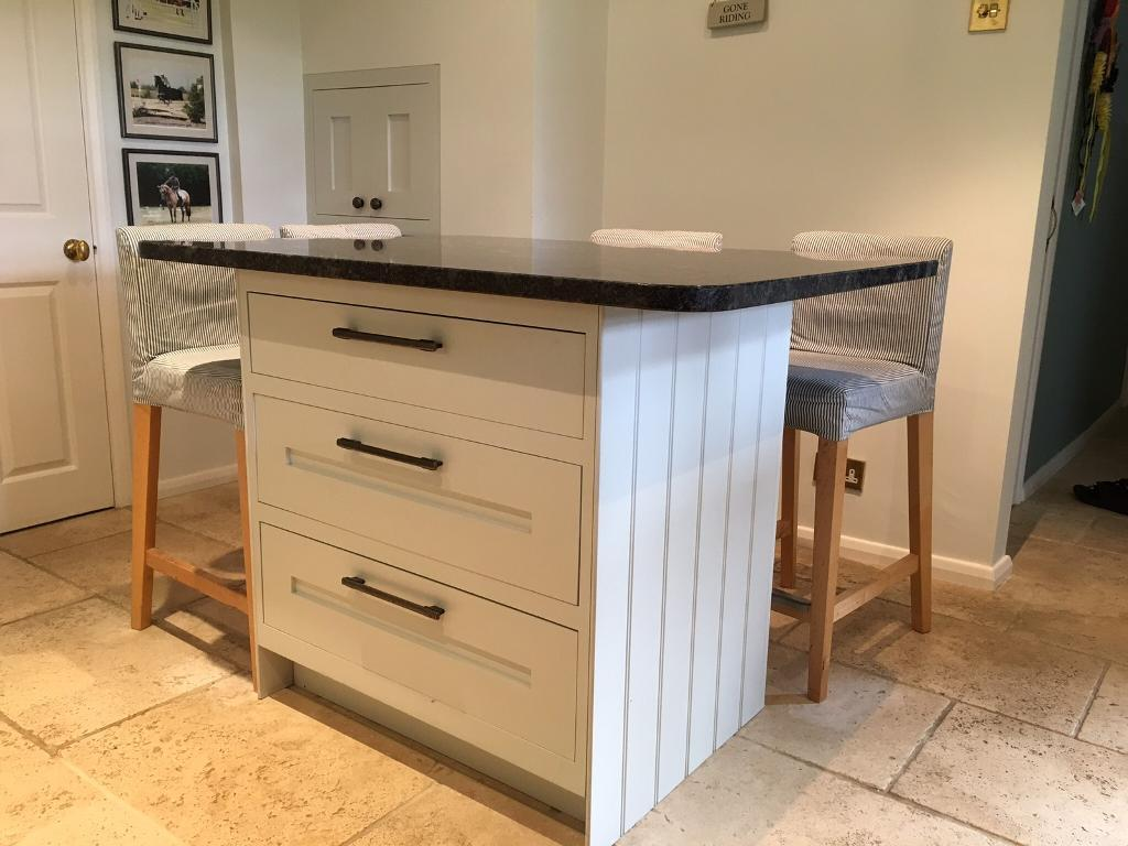 Freestanding Kitchen Island 3 Large Draws Complete With
