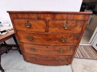 Antique chest of drawers - 2 over 3