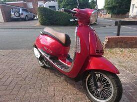 Lexmoto 50cc moped. Like vespa