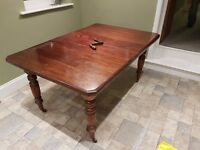 Victorian Mahogany Dining Table, Seats 4 Extends To Seat 6