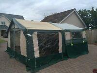 Trailer tent / folding camper