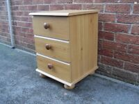 Pine effect Bedside draws single shabby chic