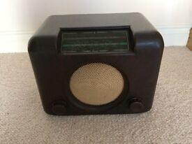 Bush DAC 90a Bakelite radio