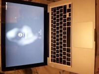 "Macbook Pro mi-2010 / 13"" / 4Go"
