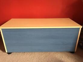 Storage box in blue & pine