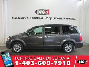 2016 Chrysler Town & Country Touring-L, Leather, Sunroof, 2x DVD