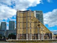 ** ALL I CAN SAY IS STUNNING 2 BED 2 BTH RIVER SIDE RIVER VIEW IN SOUTH QUAY E14