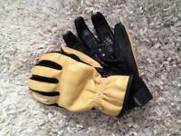 Spada motorcycle gloves. Tan, short sports/cruiser.